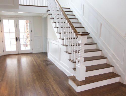 """""""Medžio stilius"""" gaminami mediniai laiptai iš ąžuolo – svarbi interjero dalis"""