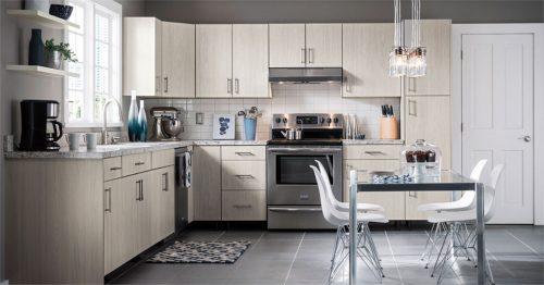 Virtuvės interjero atnaujinimas: keli svarbūs ir praktiški patarimai