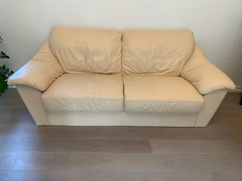 Trivietė Suomiška odinė minkšta sofa